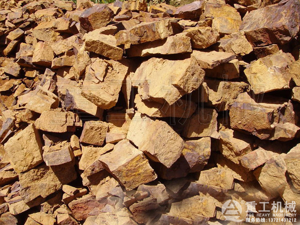 铁矿石图片