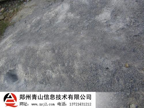 山岩机制砂中砂